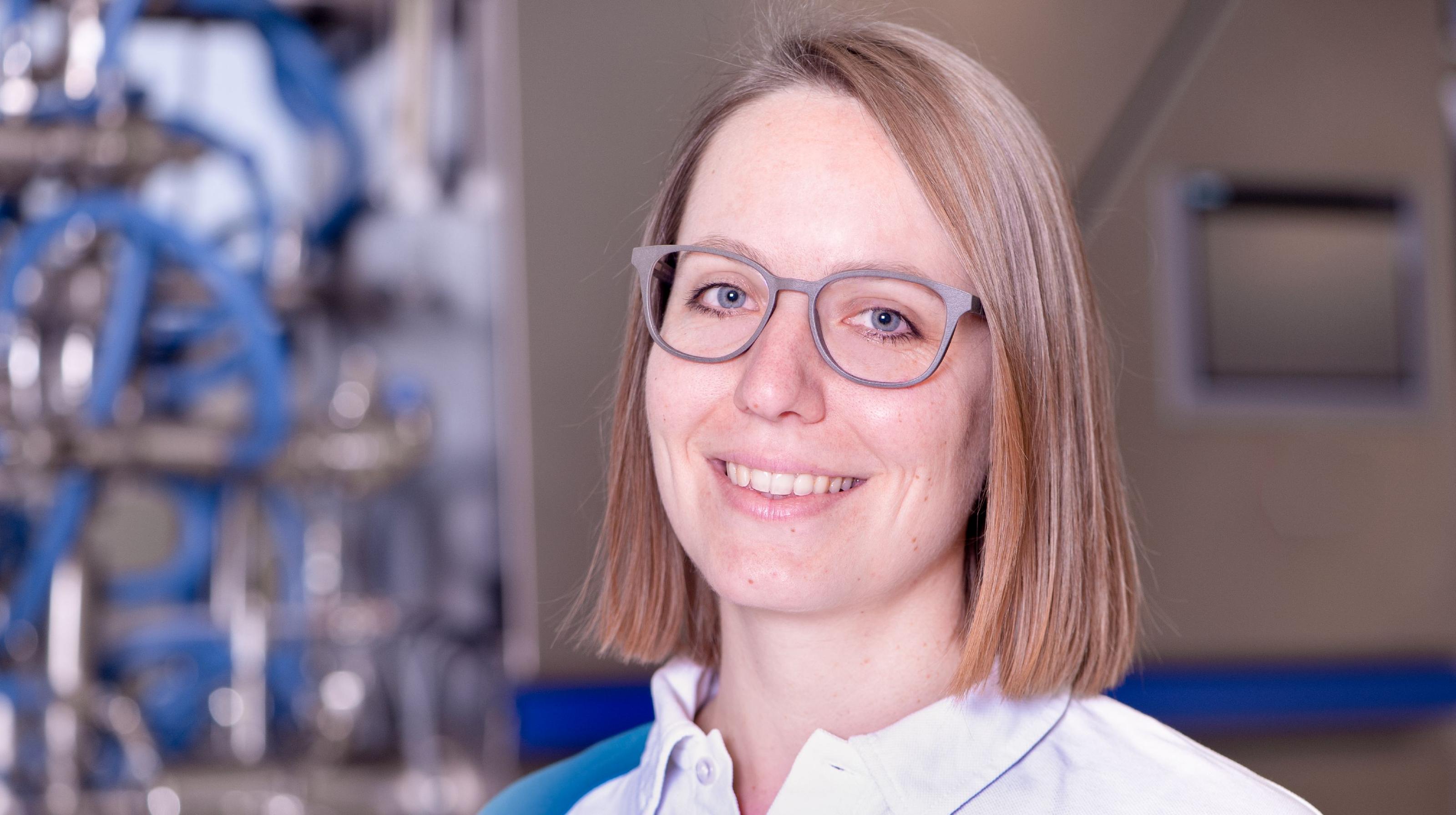 Jana Mäschle, experta y tecnóloga de Bühler.