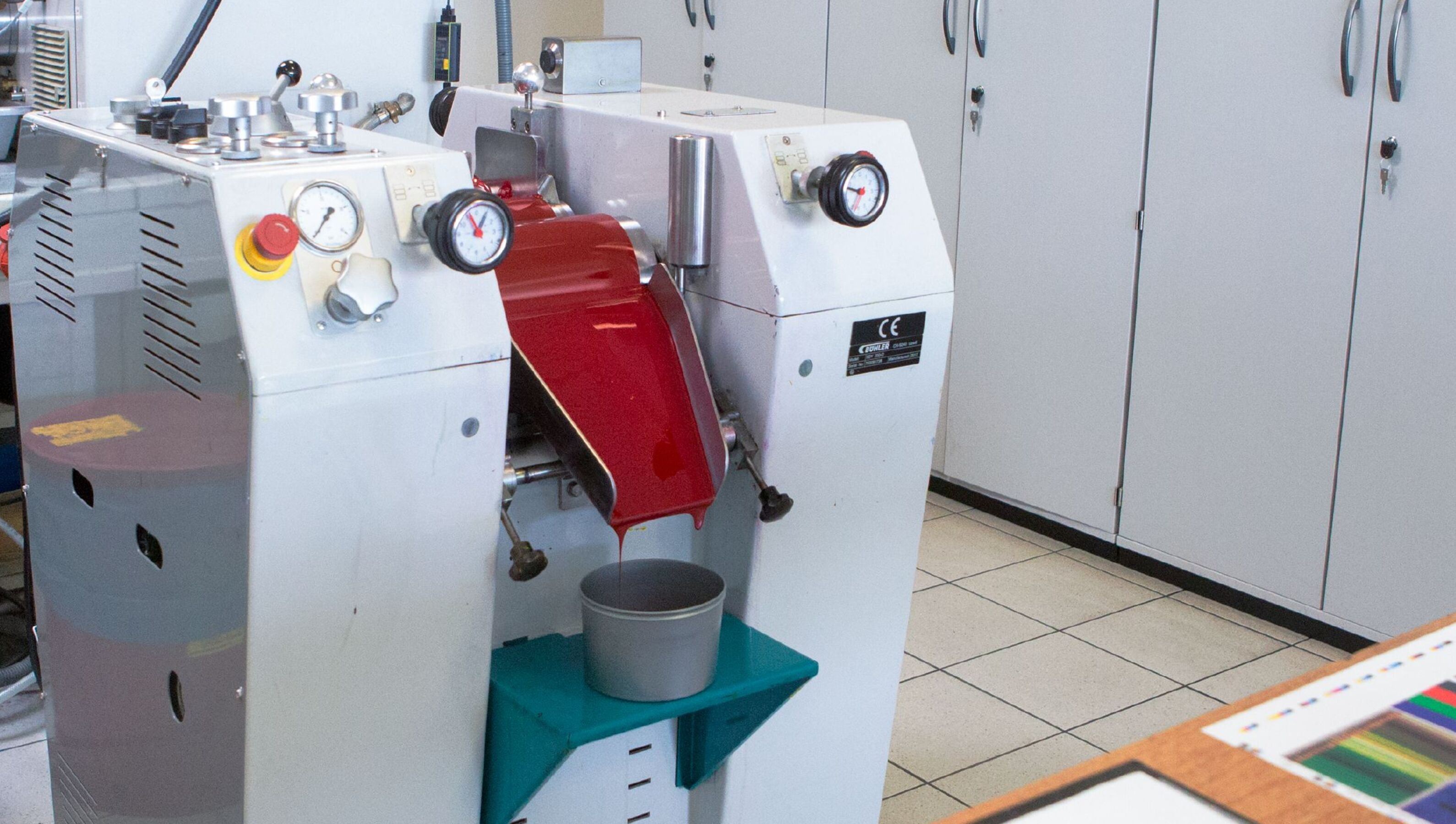 Three roll mill producing red color